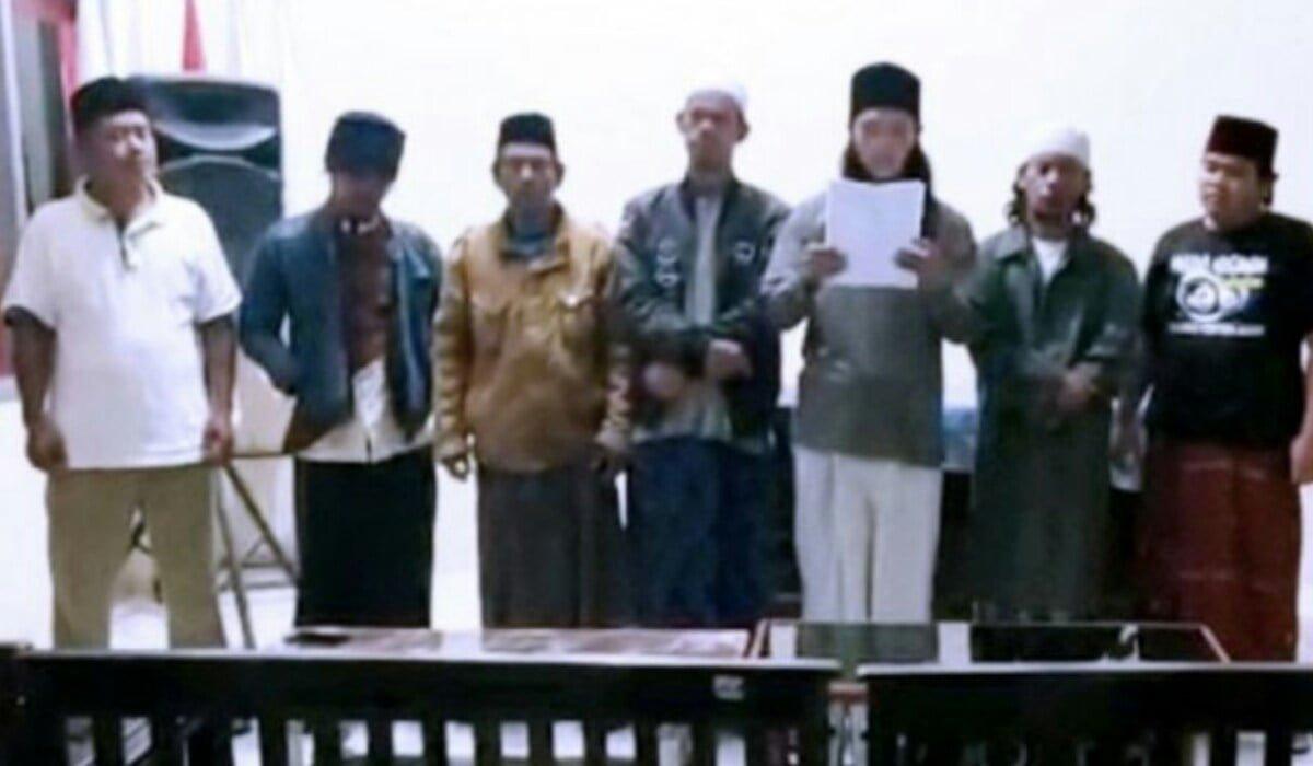 Pelaku Adzan Nyleneh Hayya Alal Jihad