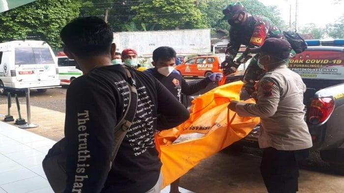 Polres Purbalingga Evakuasi Mayat Pria di Sungai Pekacangan