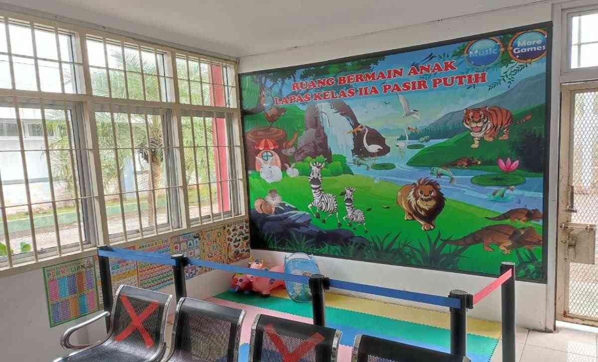 Tempat Bermain Anak di Lapas High Risk Pasir Putih Nusakambangan
