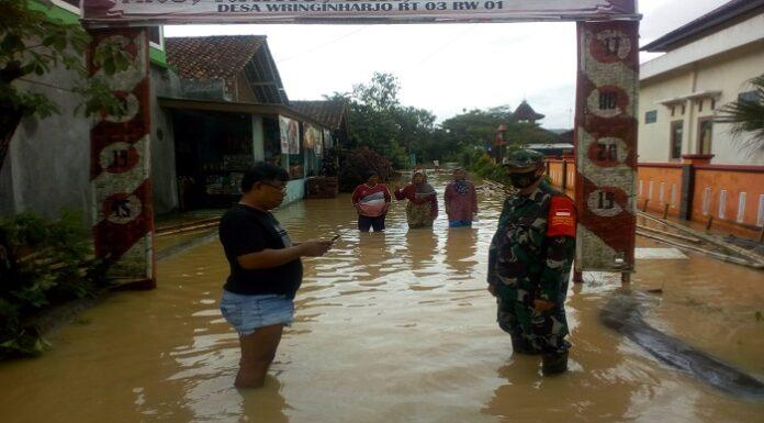 ilustrasi banjir di gandrungmangu cilacap