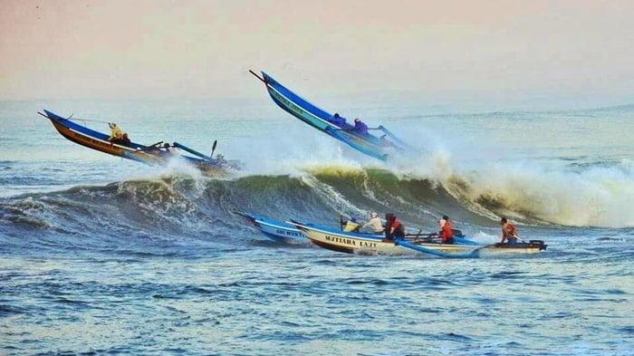 ilustrasi perahu terbang terjang ombak tinggi