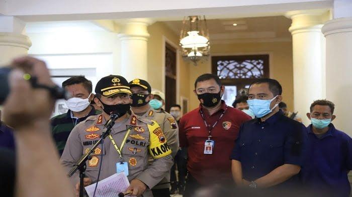 kapolda jateng saat konferensi pers
