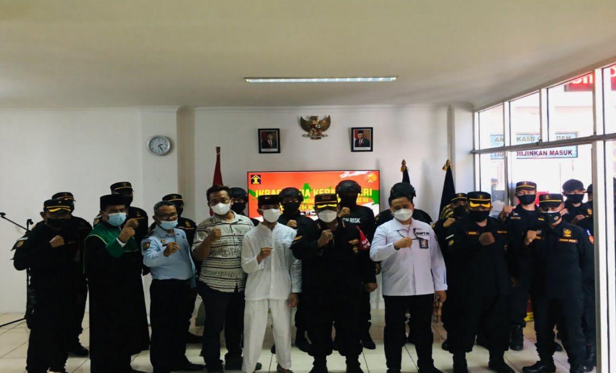 momen satu napiter ikrar setia NKRI di Lapas High Risk Pasir Putih Nusakambangan